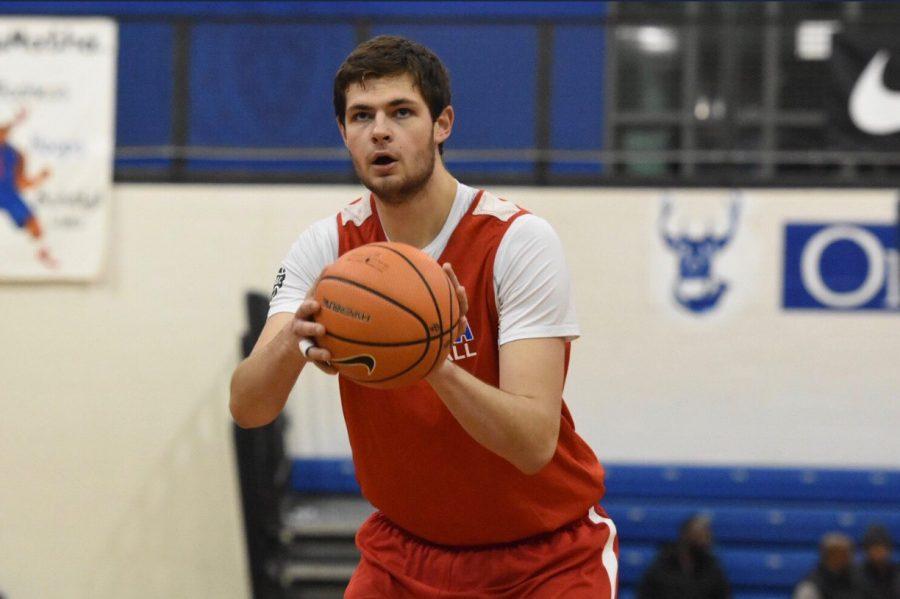 Athlete Profile: Hunter Dickinson