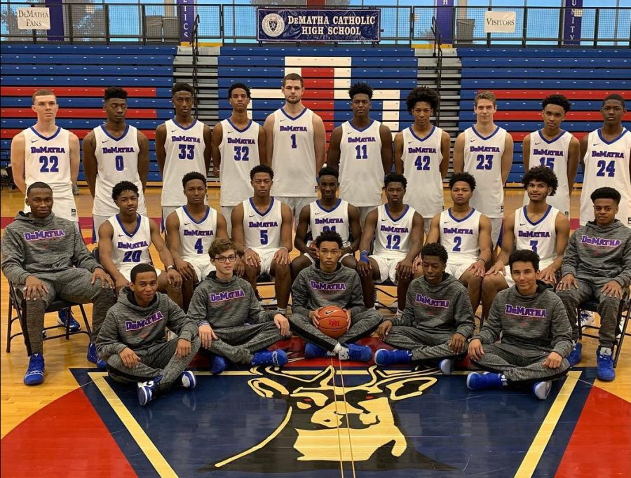 The+2018-2019+DeMatha+Basketball+team+has+its+eyes+on+the+prize.